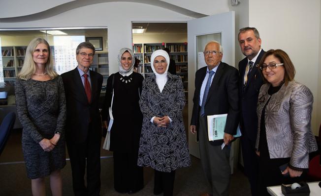 Emine Erdoğan, Prof. Sachs ile görüştü