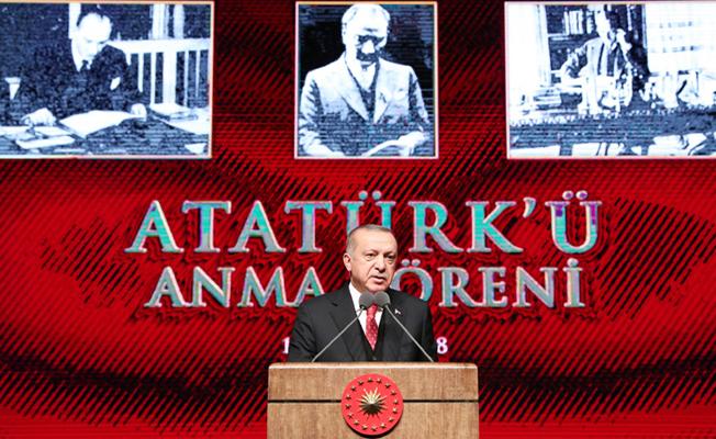 10 Kasım Atatürk'ü anma töreninde konuştu