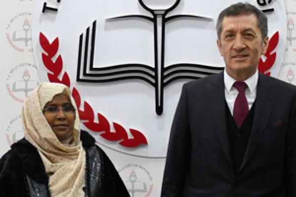 Bakan Selçuk, Sudanlı mevkidaşıyla bir araya geldi