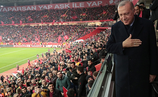 Erdoğan, Türkiye–Moldova futbol maçını izledi