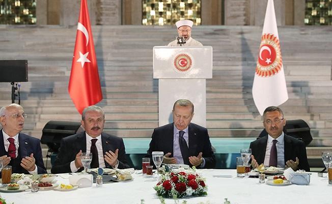 Hepimiz 82 milyonluk Türkiye gemisinin yolcularıyız