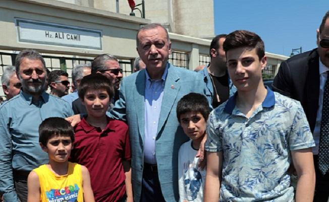 Türk soydaşlarımızın haklarını sonuna kadar korumakta kararlıyız