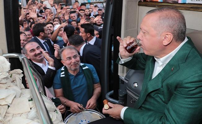 Konya'da toplu açılış törenine katıldı.
