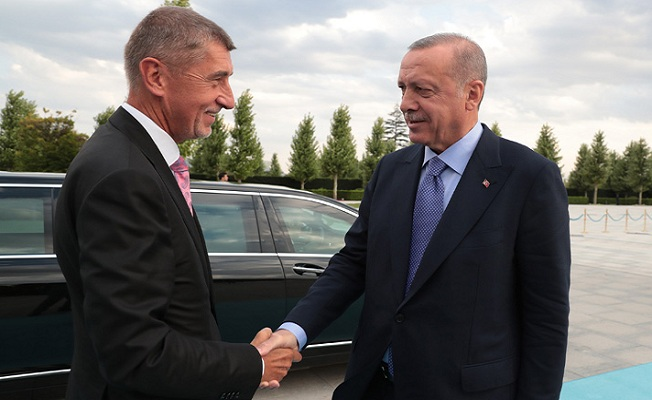 Çekya Başbakanı Babis Cumhurbaşkanlığı Külliyesinde