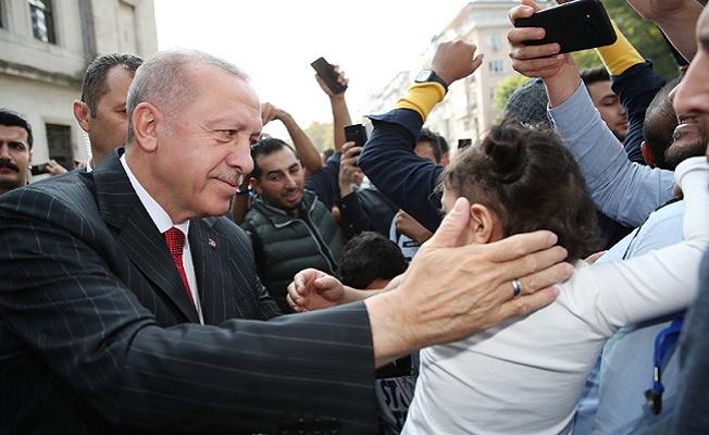 Erdoğan, Cuma namazını Dolmabahçe'de kıldı