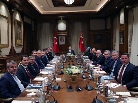 Başkan Erdoğan, Memur-Sen heyetini kabul etti
