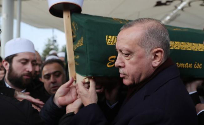 Erdoğan, emekli İstanbul Vaizi Ahmet Vanlıoğlu'nun cenaze törenine katıldı