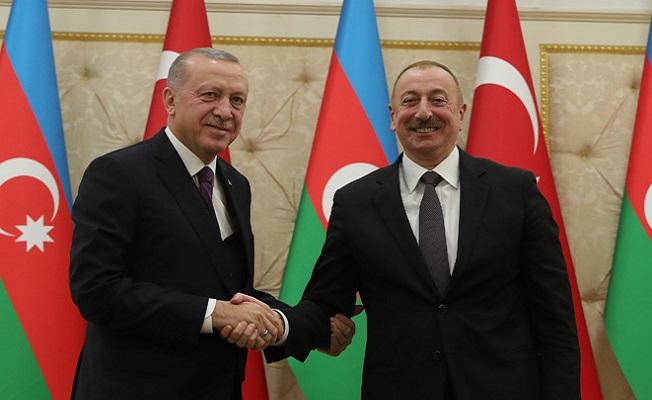 Azerbaycan'ın başarılarıyla iftihar ediyoruz