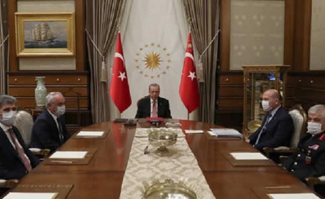 Erdoğan, İçişleri Bakanı Soylu ve beraberindeki heyeti kabul etti