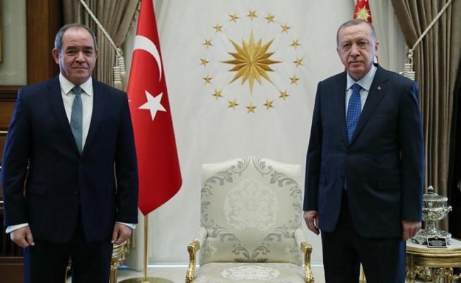 Erdoğan, Cezayir Dışişleri Bakanı Bukadum'u kabul etti