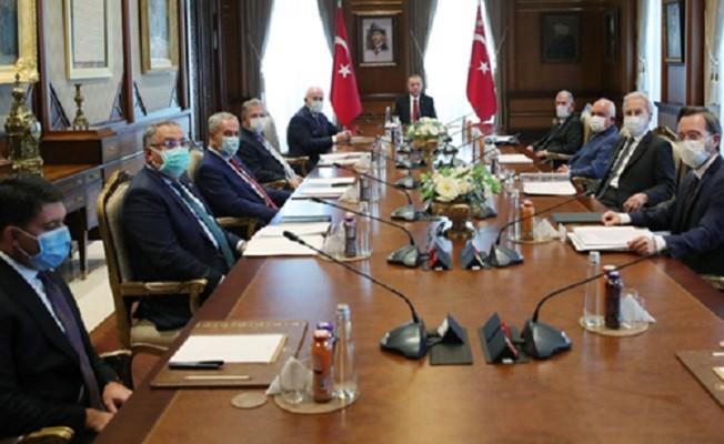 YİK, Cumhurbaşkanı Erdoğan başkanlığında toplandı