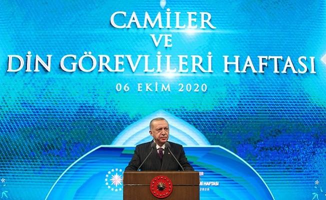 Cumhurbaşkanı Erdoğan Camiler ve Din Görevlileri Haftası Programı'na katıldı