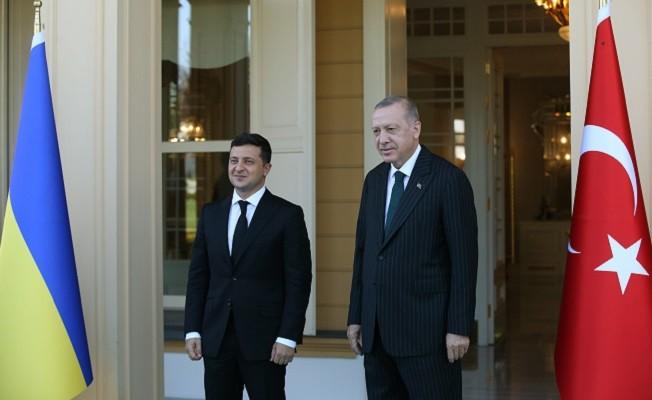Erdoğan, Ukrayna Devlet Başkanı Zelenskiy ile bir araya geldi