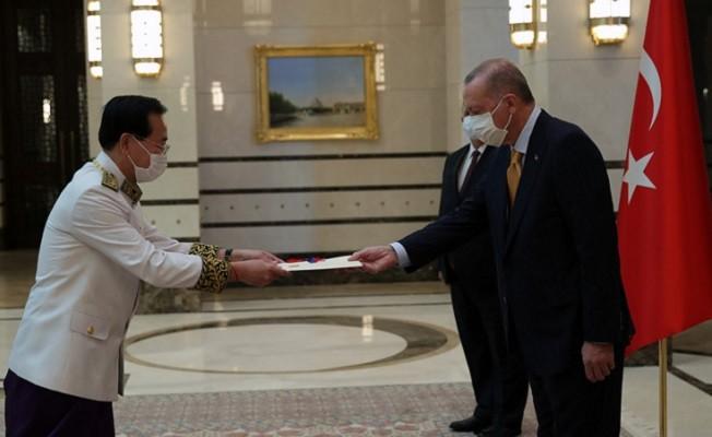 Kamboçya büyükelçisinden güven mektubu