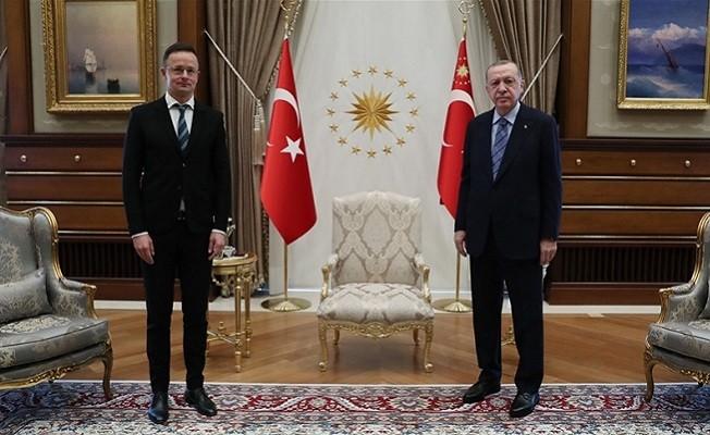 Başkan Erdoğan, Macaristan Dışişleri Bakanı'nı kabul etti