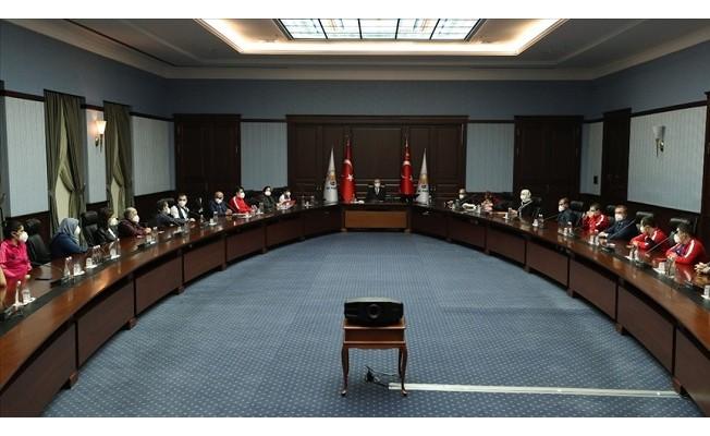 Erdoğan: Engellilerimizi çok daha müreffeh bir seviyeye hep beraber taşımalıyız