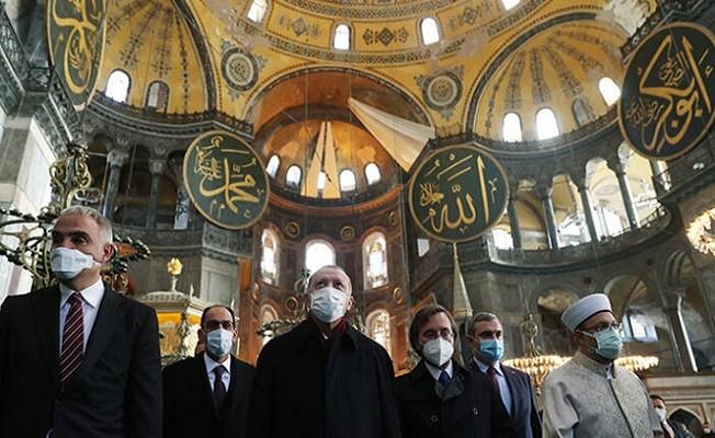 Erdoğan, Cuma namazını Ayasofya-i Kebir Camii Şerifi'nde kıldı