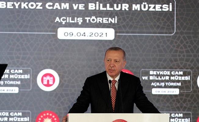 Erdoğan: Taklit eden durumunda kalarak özgürlüğümüzden uzaklaştık
