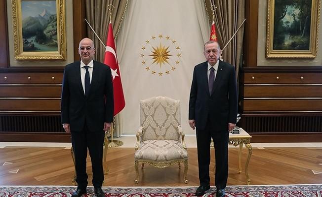 Başkan Erdoğan, Yunanistan Dışişleri Bakanı Dendias'ı kabul etti