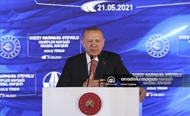 Erdoğan, Kuzey Marmara Otoyolu'nda makam aracını kullandı