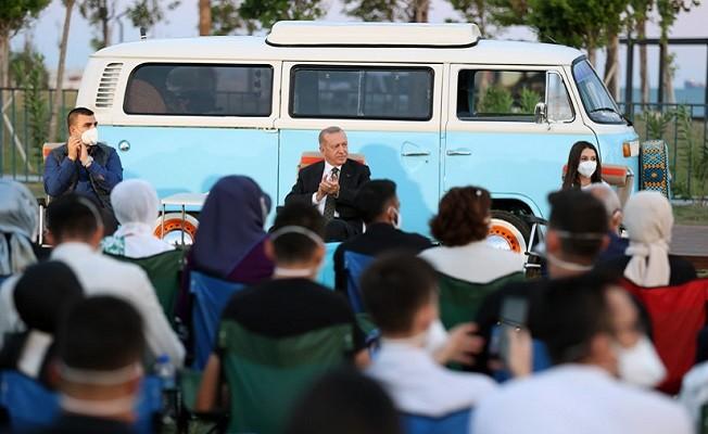 Cumhurbaşkanı Erdoğan, Gençlik Buluşması'na katıldı