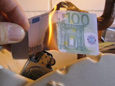 6 Avrupa ülkesine kredi notu şoku