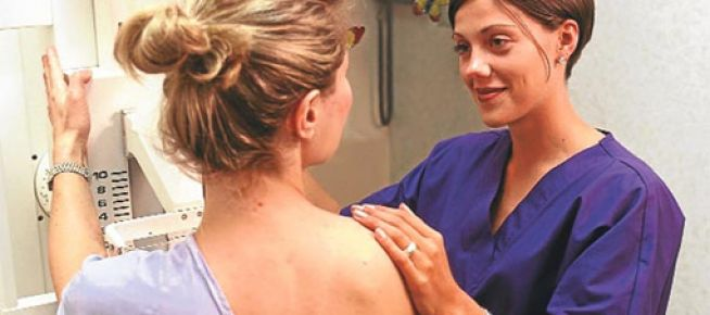8-9 kadından birinde meme kanseri görülüyor