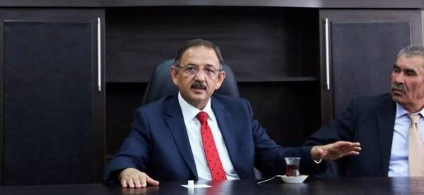 """""""AK Parti'nin hizmetleri büyümeye devam ediyor"""""""