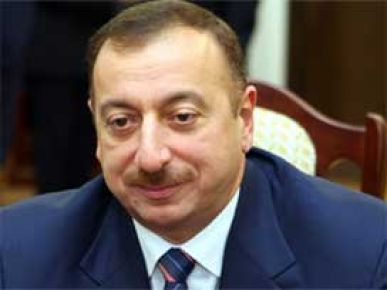 Aliyev'den petrol boru hattı savunması