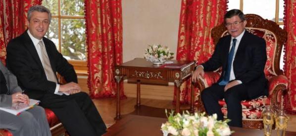 Başbakan Davutoğlu, Birleşmiş Milletler Mülteciler Yüksek Komiseri Grandi'yi kabul etti