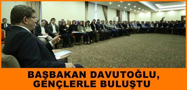 Başbakan Davutoğlu, gençlerle buluştu