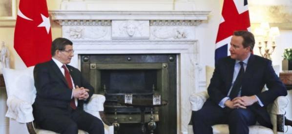 Başbakan Davutoğlu ile İngiltere Başbakanı Cameron bir araya geldi