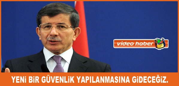 Başbakan Davutoğlu, Londra'da Türk basın mensuplarına açıklamalarda bulundu