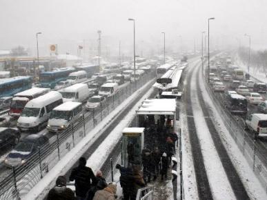 Başta İstanbul olmak üzere 23 İl'de kar alarmı!