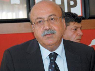 CHP'ye AK Parti üyesi başkan!