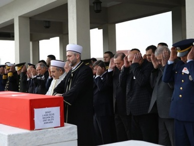 Cumhurbaşkanı Erdoğan, Şehit Jandarma Astsubay Çil'in Cenaze Törenine Katıldı