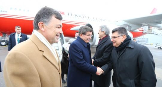 Davutoğlu, Dünya Ekonomik Forumu'na katılmak üzere İsviçre'ye gitti.