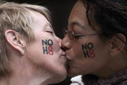 Eşcinsellerin zaferi!