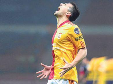 Galatasaray bir yıldızını daha gönderiyor