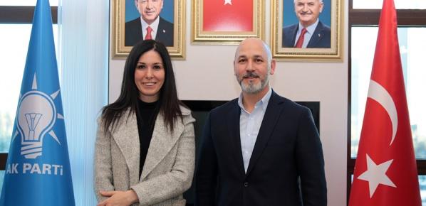 Genel Başkan Yardımcısı Karaaslan, Karaduman'ı tebrik etti