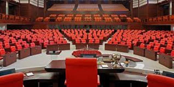 Genel Kurul'da oturma düzeni belirlendi