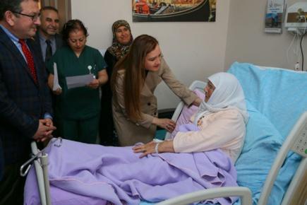 Hotar, Türkiye'nin ilk engelli dostu hastanesini ziyaret etti