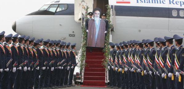 İmam Humeyni İran'a böyle döndü!