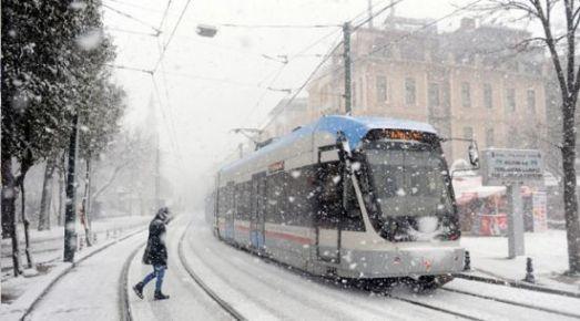 İstanbul'a akşam kar geliyor!