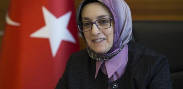 """""""Sadece Türk kadını için değil, bize ihtiyacı olan tüm kadınlar için mücadele veriyoruz"""""""