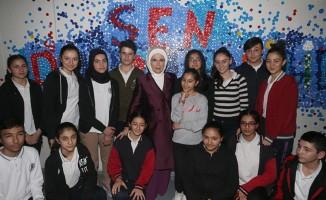 Emine Erdoğan, geri dönüşüm sergisinin açılışını gerçekleştirdi