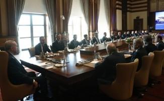 Başkan Erdoğan Kulüpler Birliği üyelerini kabul etti.
