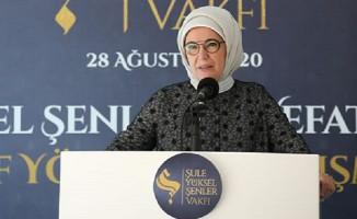 Şule Hanım da baskının zincirlerini İslam'la kırdı