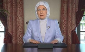 """Emine Erdoğan, """"Sıfır Atık Zirvesi 2021""""e video mesajla katıldı"""